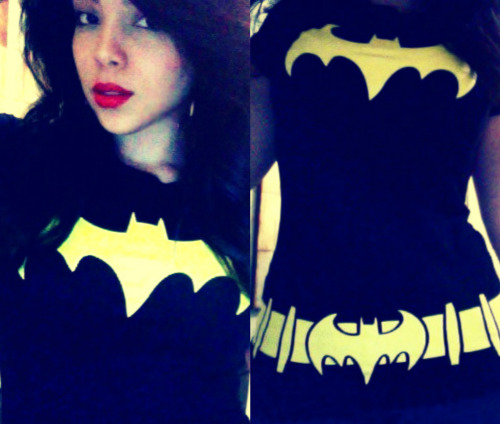 glamdollcity:  I love my Batgirl shirt, bought it when I was working Comic-Con last month <3