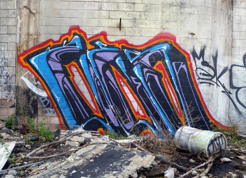 Zes. Detroit 2011 on Flickr.ZES. #MSK #Detroit #Graffiti #Graff