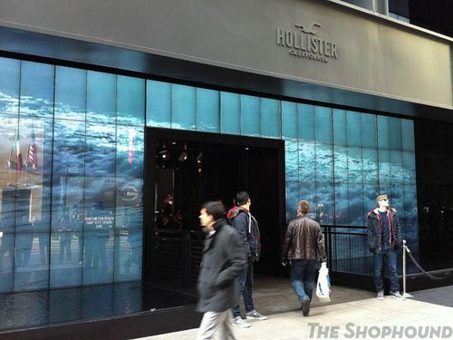 mixdchic:  JUST GOT HIRED AT HOLLISTER 5TH AVE..NEED TO MAKE MONEY FOR THE WINTER BREAK SO HAPPY I GOT A JOB LOL…IM GONNA MISS WORKING AT THE SOHO LOCATION THO LOL