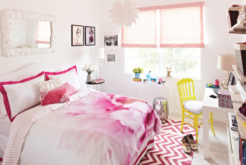 Adorable pink teen room.