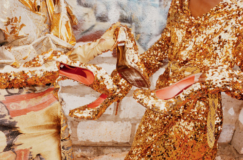 Everything I touch turns to GOLD Ph. Juergen Teller for Vivienne Westwood