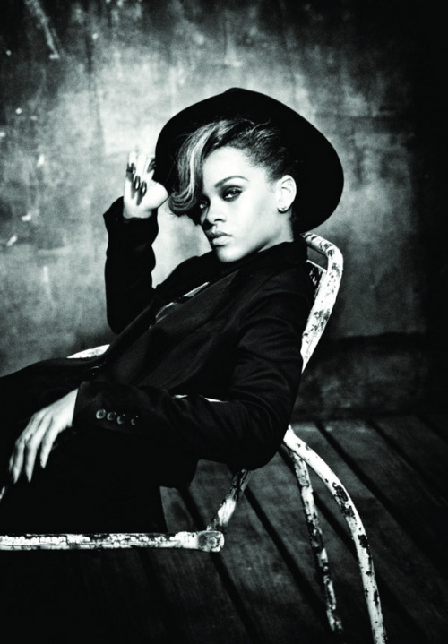 Rihanna |Talk That Talk  I really think I'm starting to like her new album.
