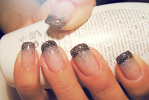 All that glitter is gold. on We Heart It. http://weheartit.com/entry/18492154