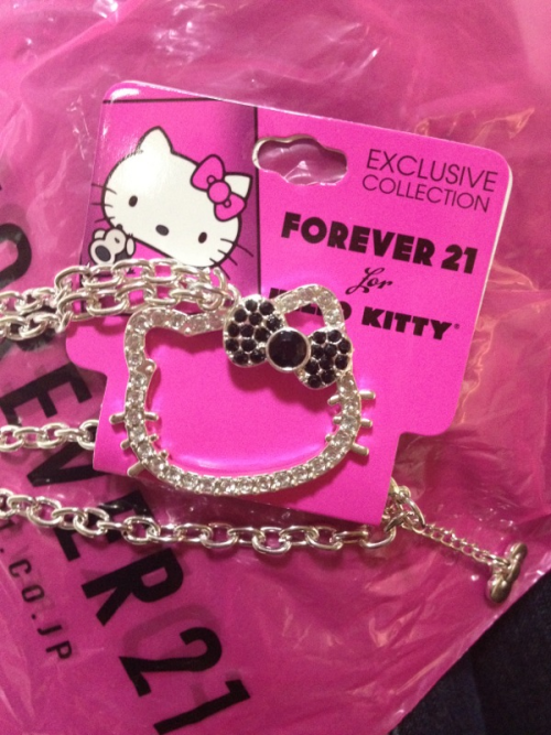 FOREVER 21 FOR HELLO KITTY NECKLACE / negleb  Japan?
