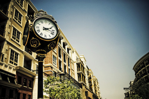 Clock - Americana at Brand by isayx3 on Flickr.