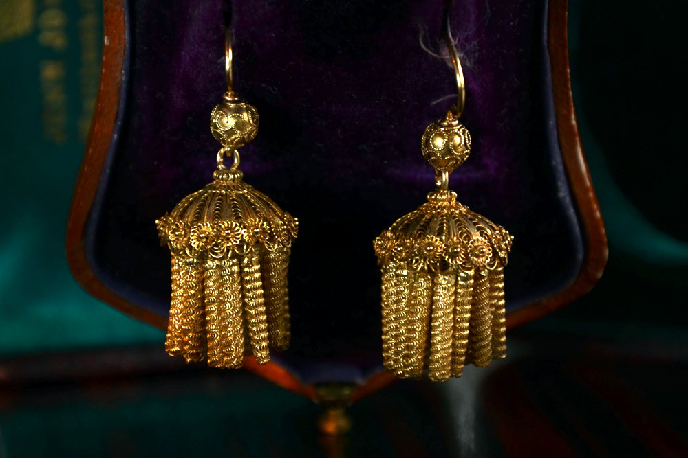 1830-40s French Cannetille & Filigree Earrings, 18K Gold (sold) I don't think you could find a jeweler alive today who could make you a pair of earrings like this.  Just incredible craftsmanship.  The form is great too— like tasseled lamp shades, or jellyfish.