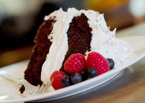 diet-killers:  chocolate cake with fresh fruit (by philosophycommunication)