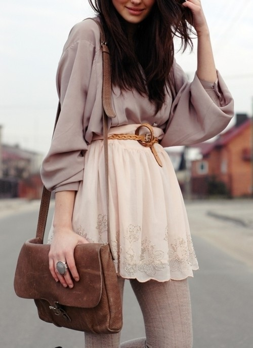 couturecourier:  Love the billowy blouse, delicate skirt, and vintage bag! (via we heart it)