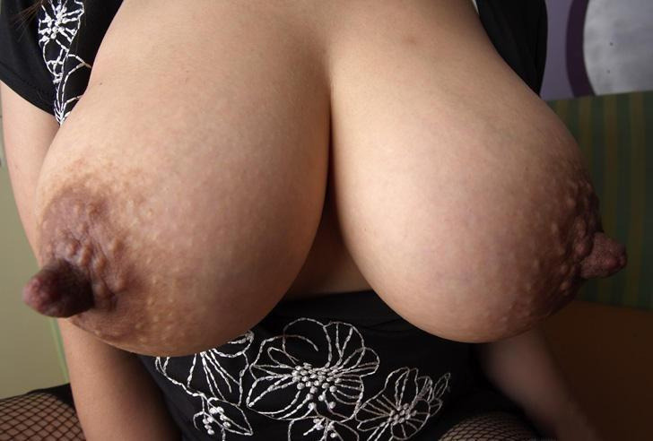 runflyrun:  OMG!! Fucking Incredible Nipples!!