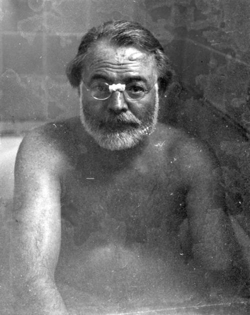 Hemingway in the bath.
