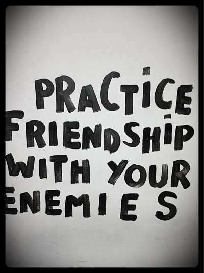 An practice love with your friends