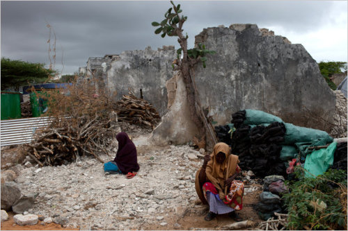 learnchange:  1 Dec 2011 A bad thing: The Shabab militant group, which has already blocked many aid agencies from reaching starving people in Somalia's famine zones, ordered 16 more aid agencies to shut down, including UNICEF. Read more: http://www.nytimes.com/2011/11/29/world/africa/somali-militants-shut-down-more-aid-operations.html?_r=1 (Picture is from related article, see clickthrough.)
