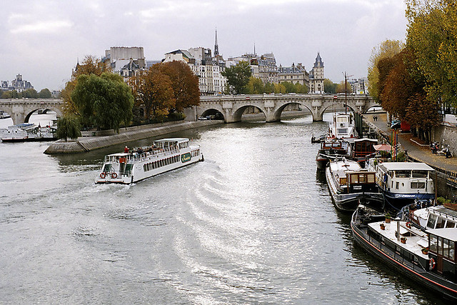 | ♕ |  Île de la Cité from Pont des Arts  | by © William Kimber