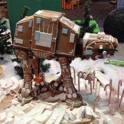 (via Gingerbread AT-AT)