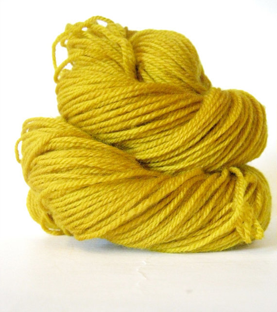 (via Hand dyed yarn Mustard Yellow Sock Yarn Pantone by SunriseFiberCo) Love yellow.