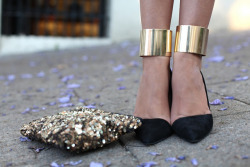DIY ANKLE CUFFS (via A Pair & a Spare)
