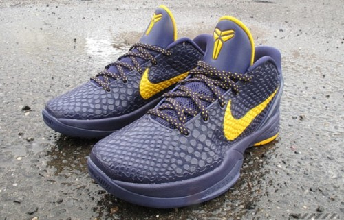 Zoom Kobe VI (6) (Imperial Purple/Del Sol) - Feels awfully nice to look at NBA players' kicks now that the lockout is over.  Before, it was kind of depressing.  Nevertheless, this colorway of Kobe's newest kicks is available now (or soon) at select spots.