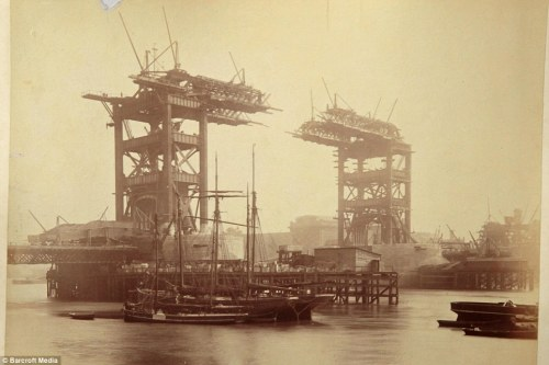 Construction of Tower Bridge, 1892