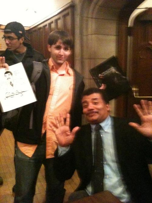 project-argus:  asherxs:  Neil deGrasse Tyson is pretty much awesome in every single way possible.  Proof he's aware of the meme.  Oh my word.