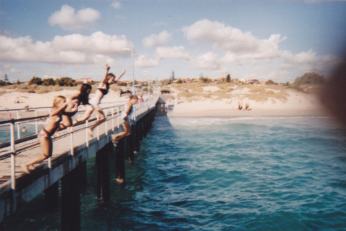 surfing-kids:  jumping off piers is the best thing ever omg