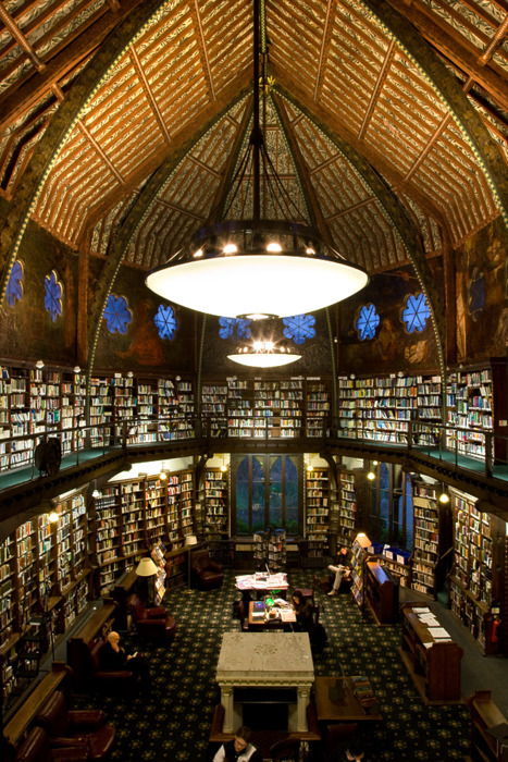 hellyeahuk:  The Oxford Union Library.