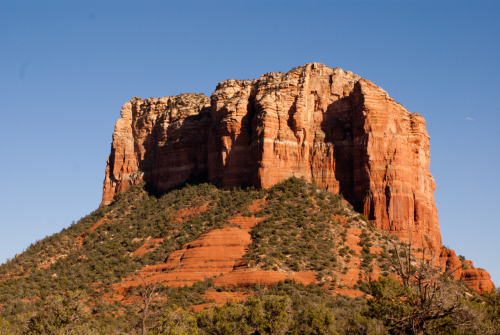 "do you know the place ""sedona""? it is a cute city northern of phoenix and its sooo gogeous! there are a lot of spiritual people and you can buy a lot of meditation things. i loved the energy there, because i really think this place is full of positive energy! you can just sit there in the nature, see those beautiful red rocks and meditate the hole day:)"