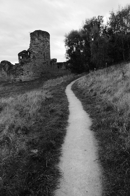 Flint Castle Black and White by Etrusia UK on Flickr.Via Flickr: Path towards Flint Castle, Wales. Converted to black and white in camera.See where this picture was taken. [?]