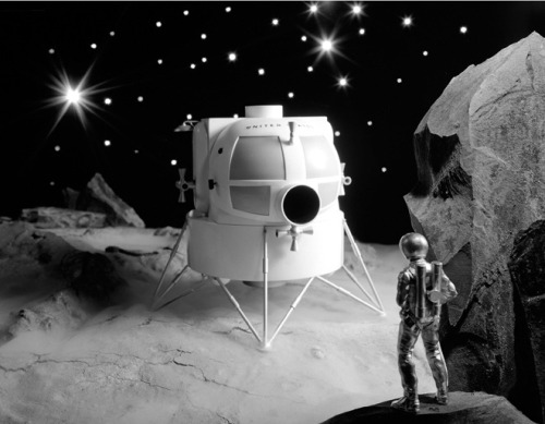 lagubeko:  WIRED shows us NASA's tiny replicas! Above: Apollo Lunar Lander 1963.
