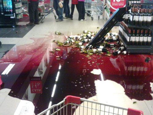 I got my period at the grocery store and had to make it look like it wasn't me