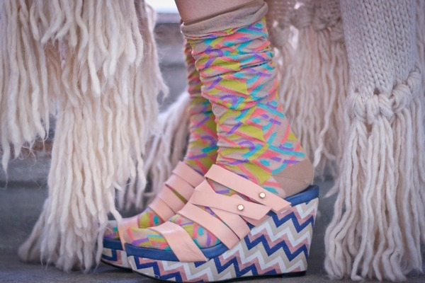 I love clashing patterns :) Socks - Ayame