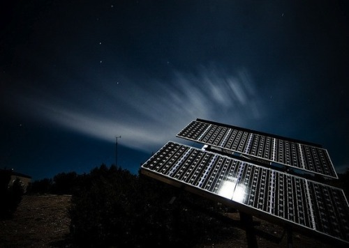 quantumaniac:  Scientists Develop Solar Panels that Work in the Dark Researchers at Lawrence Berkeley National Laboratory announced today (November 30th) that they have developed and confirmed the design for a new high-efficiency solar cell that utilizes nearly the entire solar spectrum, instead of simply visible light! This solar panel can generate electricity in the absence of direct sunlight, meaning that they can work in the dark! In the past, solar cells have used certain semiconductors to channel and utilize one part of the spectrum. However, this new design uses layers of various materials to make use of nearly the entire solar spectrum!
