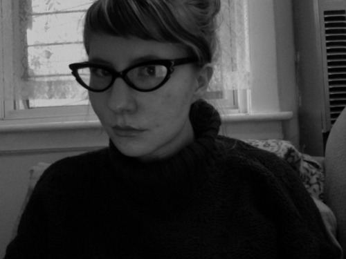 i am channeling a 60s secretary.  don't ask me why i like this turtleneck sweater, but i do.