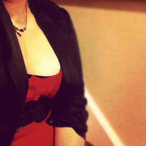 Red and black with a little sapphire? Mhmm.  #me #meeting #outfit #clothes #tanktop #cinch #bolerojacket #jacket #bolero #necklace #cute #cleavage (Taken with instagram)
