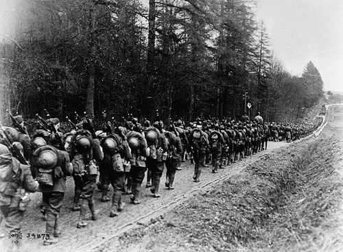 interwar:  American troops in France, 1918.