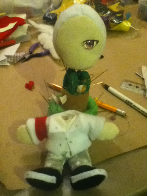 Working on a mini gdragon plushie as a birthday present for a friend o(^▽^)o…  I swear I thought I've already posted this….