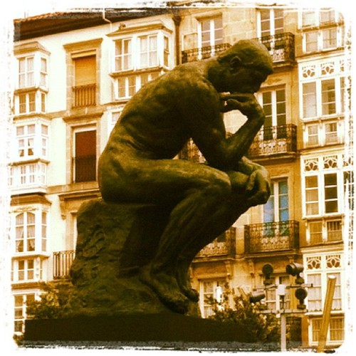 El pensador. #vitoria #LePenseur #Rodin (Taken with instagram)