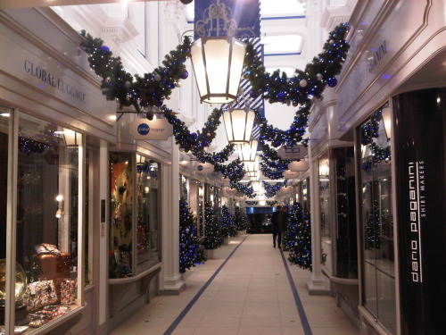 It's officially Christmas in London! Decorations everywhere!