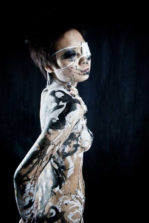 Model: 煉獄-Rengoku-Body Painter/Photographer/Photography Editor: Tensei Sugahara(菅原天齎) scene B3