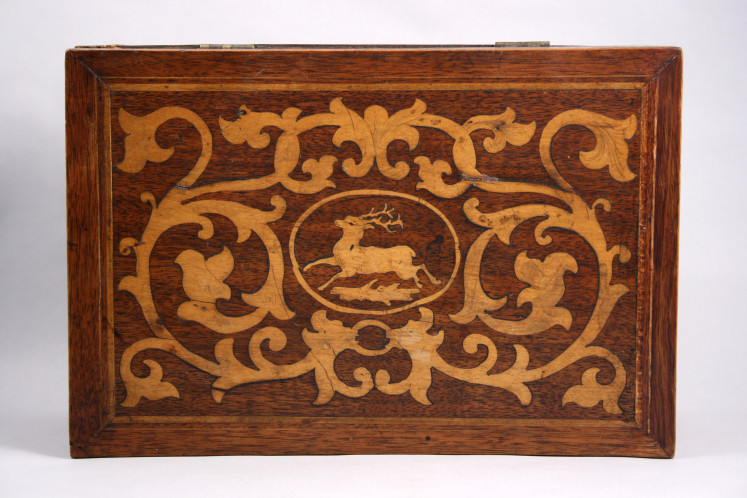 Inlaid box featuring an antlered deer, Menomonie, 1882. The majestic whitetail in the cartouche is a nine-point buck.  via: Wisconsin Decorative Arts Database Thanks to Beth A. Zinsli, native Wisconsinite and Ph.D. candidate in art history and visual culture studies at UW-Madison, for curating the blog this week!