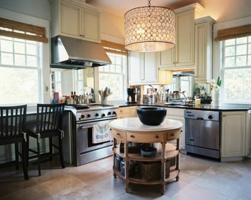 georgianadesign:  I think this is actually a small kitchen. Lonny Magazine Sep/Oct 2011 | Photography by Patrick Cline; Interior Design by Lisa Sherry.
