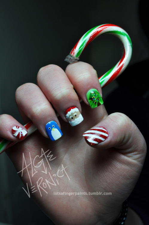 More Christmas Nails :)