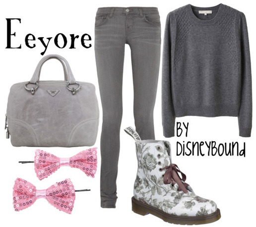 Vote for Leslie, the girl behind DisneyBound.