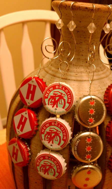 Make your own beer cap ornaments! Learn how here.