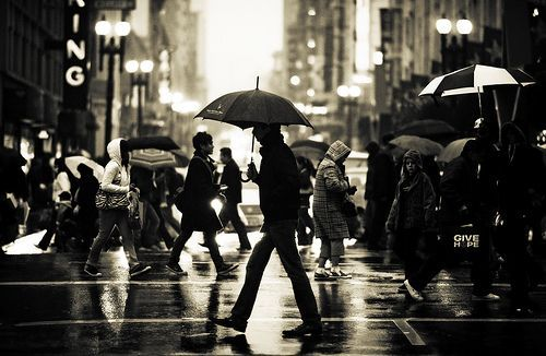 timeinframes:  Rain 1 by Navid Baraty in Union Square, San Francisco, CA, USA (2008)
