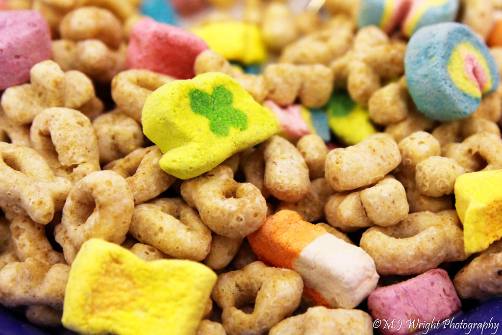 yummaystuff  lucky charms breakfast cereal.