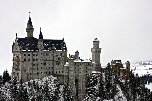 Why does this remind me of hogwarts… 4mbivalent:  Schloss Neuschwanstein (by Lauri Ahtiainen)