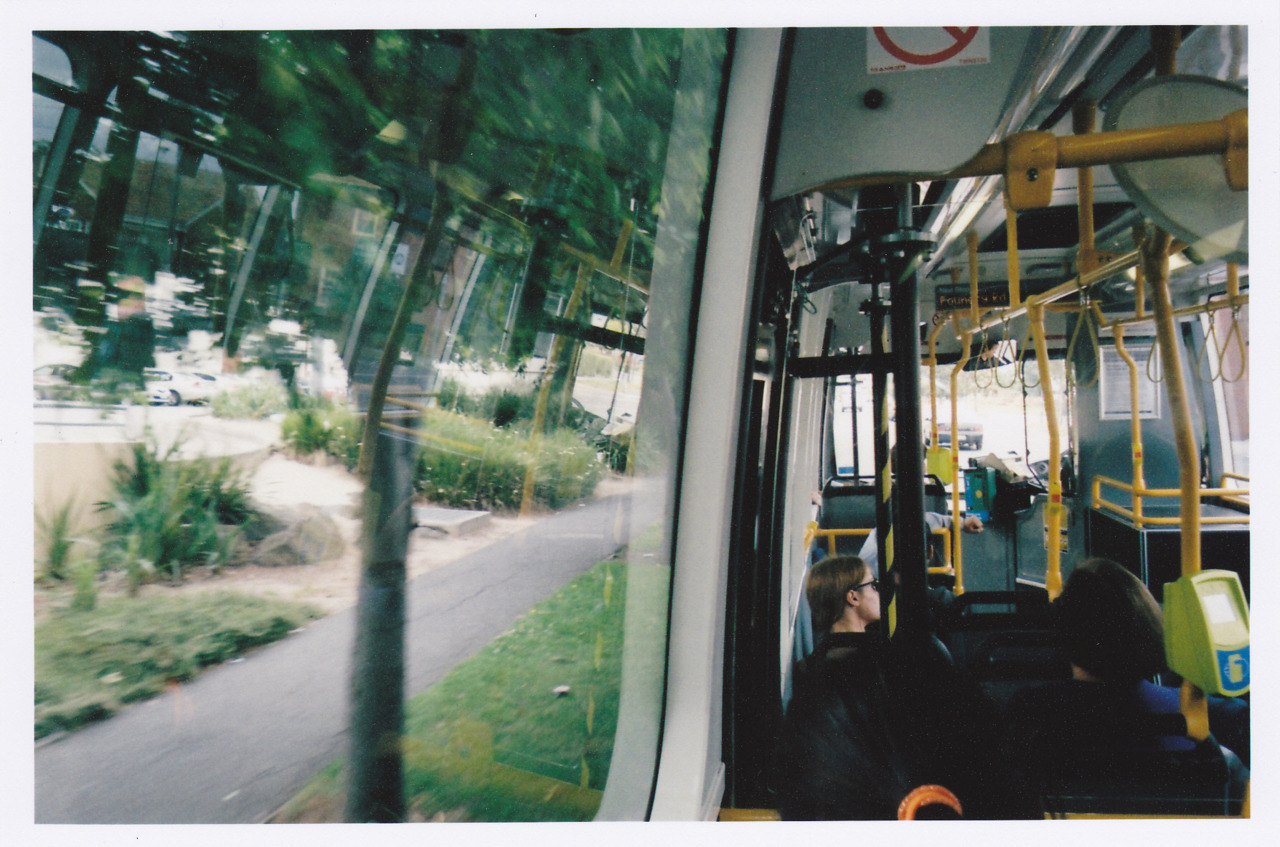 25.11.2011 Bus Kodak KB10 Point and Shoot Fujifilm Superia X-Tra 400