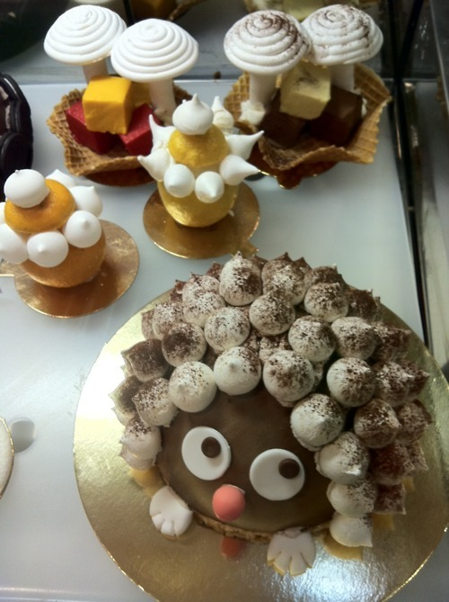 jistarly:  Chocolate Hedgehog Cake!