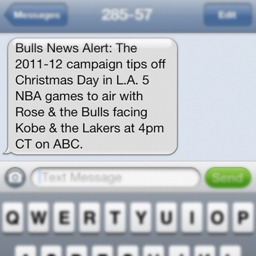 YES! PLEASE! and THANKY YOU! #NBA #chicago #bulls #la #lakers (Taken with instagram)