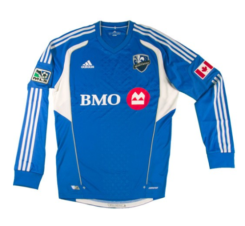 Montreal Impact made it official by announcing their 2012 inaugural #sick kit yesterday.  The Impact's home colors will be the blue and they will sport the white kits for away.  BMO Financial Group will be the teams lead sponsor.  Overall we are excited to see that the MLS is continuing to grow.